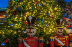 Shops at Heavenly Village, Village Community Tree Lighting - Heavenly Holidays