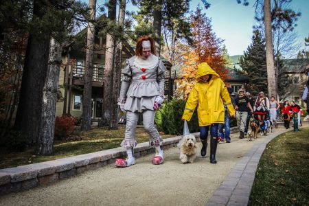 Hyatt Regency Lake Tahoe, Hyatt Howl-O-Ween Dog Parade