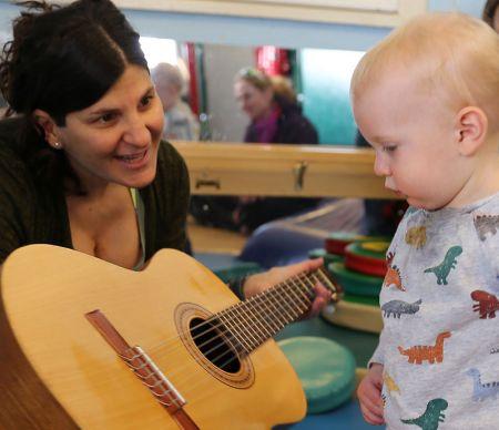 KidZone Museum, Bilingual Sing Along with Ileana
