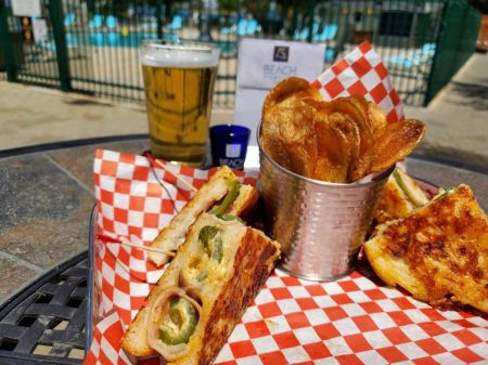 Boathouse on the Pier, Jalapeno Popper Grilled Cheese