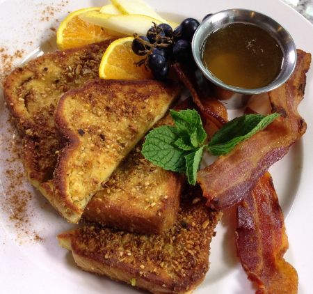 Artemis Lakefront Cafe, French Toast