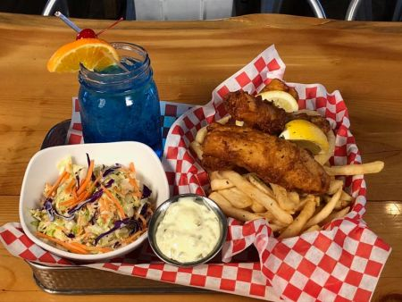 """Sidelines Sports Pub, Fish and """"Chip Kelly"""""""