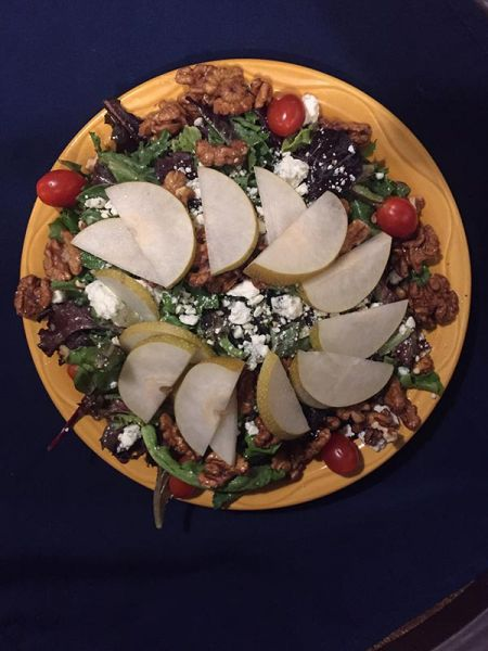 Rosie's Cafe, Pear & Walnut Salad