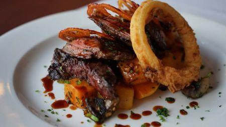 The Lodge Restaurant & Pub, Skirt Steak