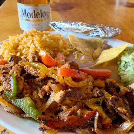 Bridgetender Tavern & Grill, Lunch Specials