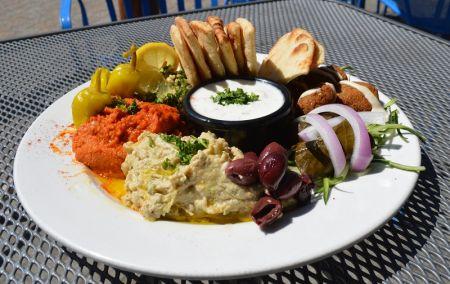 Artemis Lakefront Cafe, Mezze Platter