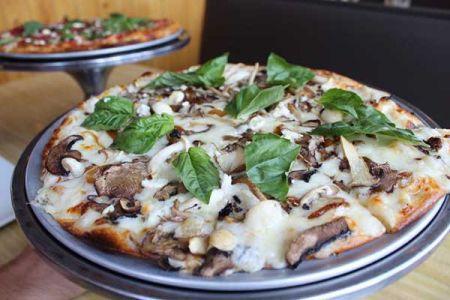 Whitecaps Pizza & Tap House, Mushroom Pizza