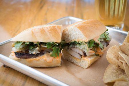 Alibi Ale Works, Bánh Mì Sandwich