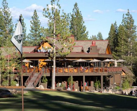 The Lodge Restaurant & Pub, Golfers Happy Hour