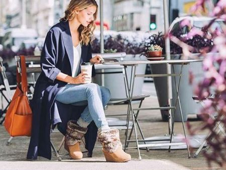 What a Girl Wants, Fashionable Winter Boots