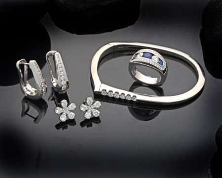 Steve Schmier's Jewelry, Assorted Diamond Collection