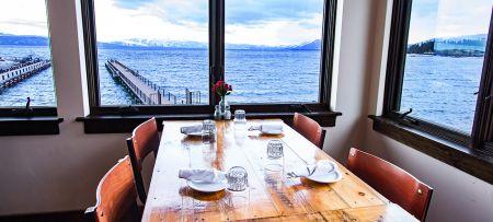 Za's Lakefront, Lakefront Dining